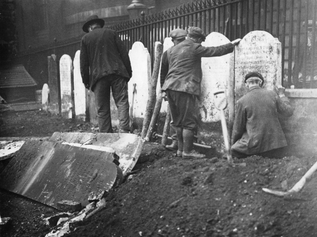 How Corpses Helped Shape the London Underground