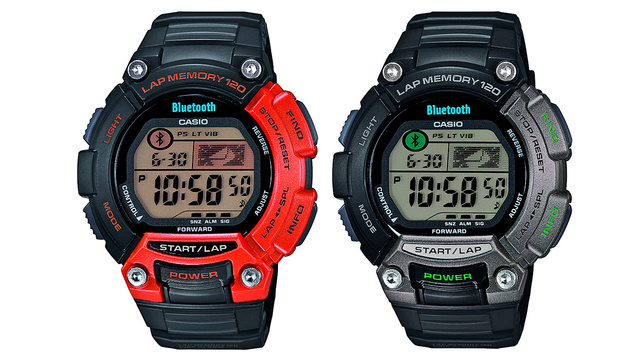 Casio's Sporty Bluetooth Watch Lets You Glimpse Your Fitness App Stats