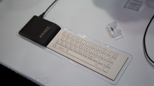 This Magical Tech Could Make Mobile Keyboards Suck Way Less