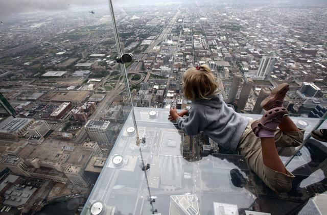 15 Heart-Stopping Skywalks That Will Turn Your Legs To Jelly