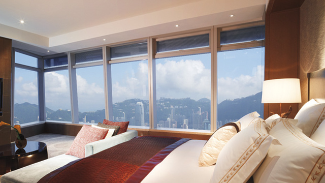 Inside the Highest Hotel Rooms on Earth