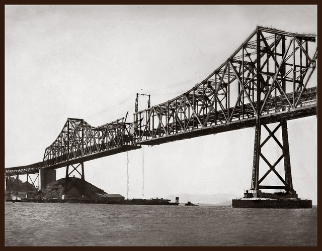 13 Nail-Biting Images Of San Francisco's Bay Bridge Under Construction