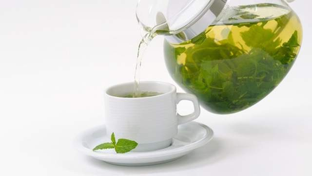 Get Rid of Warts with Green Tea