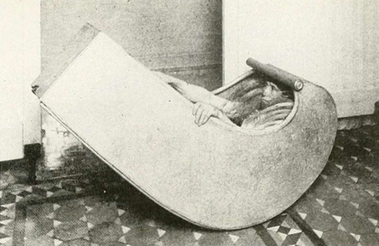 This Ridiculous Victorian-Era Rocking Bath Wasn't Just For Fun