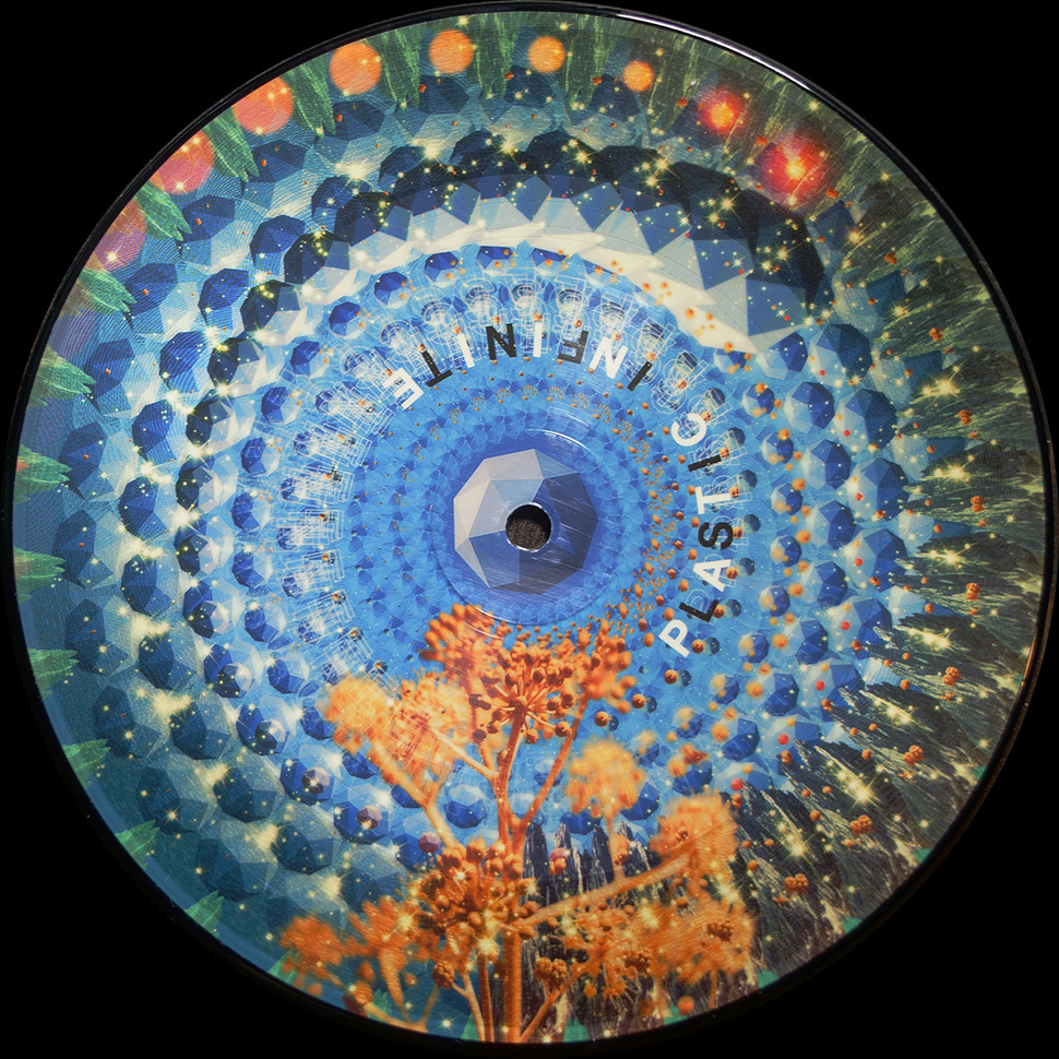 Watch This Vinyl Record Play Music And A Full-Colour Animation