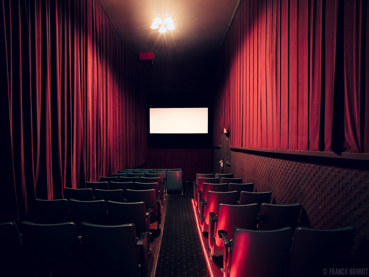 photos of movie theatres show the former grandeur of