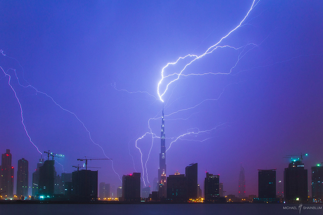 What It Looks Like When Lightning Strikes the World's Tallest Building