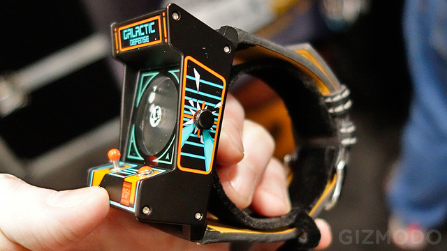 This Tiny Classic Arcade Is as Smart a Watch as You Need
