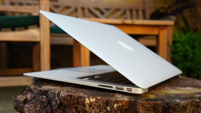 Apple's Touch-Sensitive MacBook Patent Embeds Controls In Screen Bezel