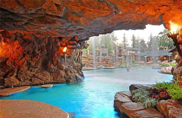 From the playboy mansion to yolo estate the lure of - Playboy swimming pool ...