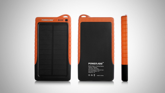 Poweradd Apollo Solar Battery Recharges Your Phone on the Cheap