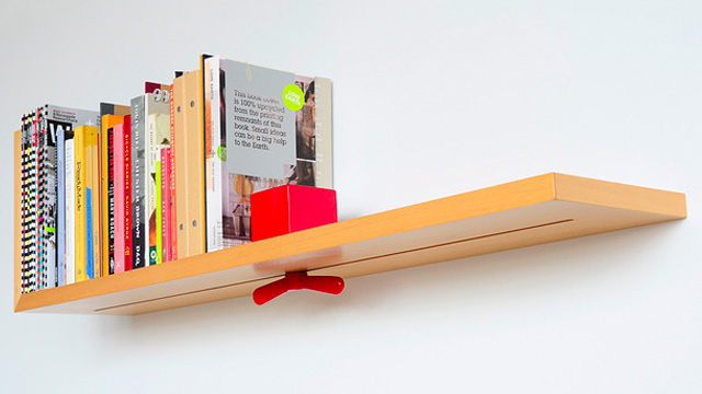 Clamp Shelf Tightens So Your Books Never Fall Again