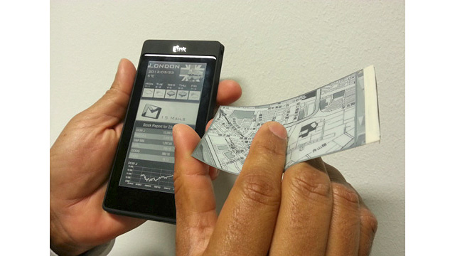 Dual E-Ink and LCD Phone Just Means Twice as Many Fingerprint Smudges