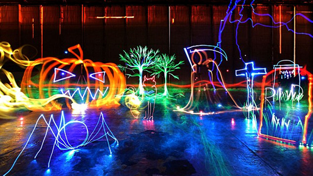 Creating the World's Largest Light Painting